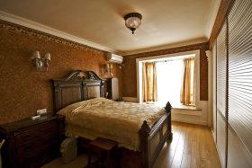 橙色美式风格卧室壁纸装修布置