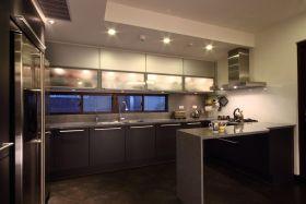 雅致时尚现代黑色厨房图片欣赏