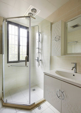现代风格白色卫生间淋浴房美图