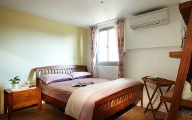 清爽白色简约风格卧室设计图片