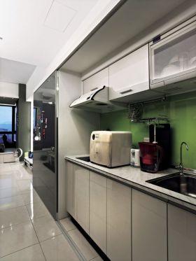 白色简约风格厨房橱柜设计赏析