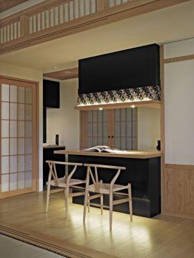 原木色日式风格吧台装修案例
