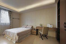 现代米色系卧室美图欣赏