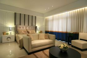 米色混搭风格卧室设计案例