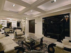 黑色欧式风格客厅背景墙装饰案例