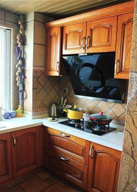 大气雅致美式风格厨房橱柜装修案例