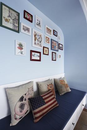 浪漫混搭蓝色照片墙装饰设计图片
