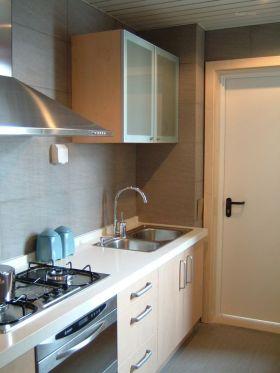 米色简约风格厨房橱柜欣赏