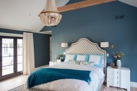 美式浪漫蓝色卧室图片