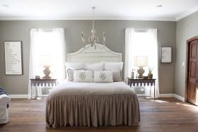 美式白色雅致卧室装修图片