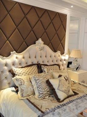欧式风格卧室背景墙效果图赏析