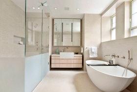 米色清爽自然宜家卫生间图片欣赏