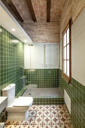 田园风格清新绿色卫生间装修图片