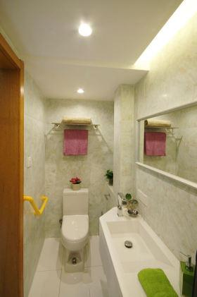 清新米色现代风格卫生间装饰设计图片