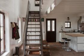 日式休闲灰色楼梯装修