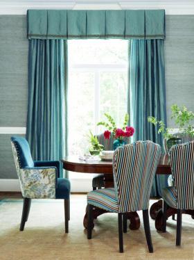 浪漫唯美混搭蓝色窗帘装潢案例