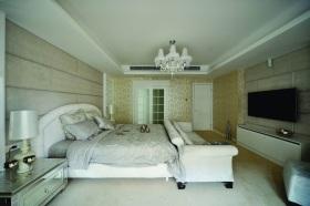 浪漫白色欧式卧室装饰案例