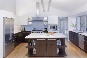 现代风格白色厨房装潢设计图