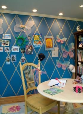 蓝色个性混搭儿童房装饰图