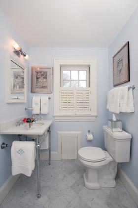 白色简欧风格卫生间美图
