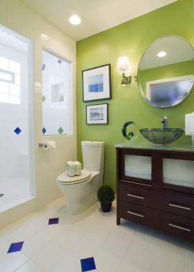绿色时尚现代风格卫生间效果图欣赏