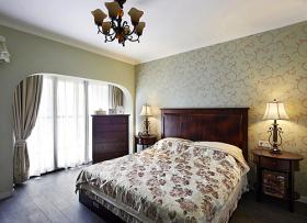 美式风格清新绿色卧室装饰图