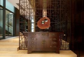 中式原木色古典玄关装饰案例