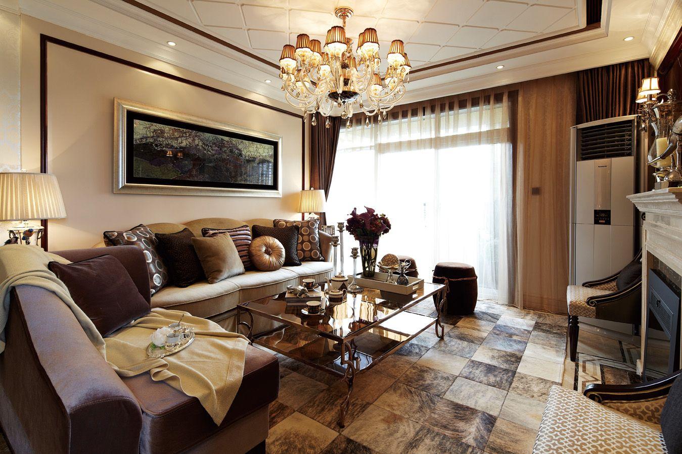 欧式轻奢米色客厅装修效果图片