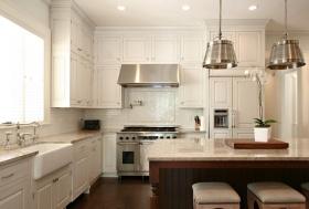 白色简欧风格厨房装修图片