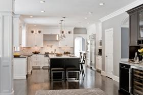 白色简欧厨房装潢设计图