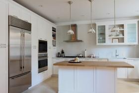 白色简欧风格厨房设计图片