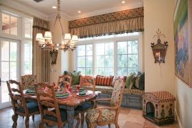 美式餐厅飘窗装饰设计图片