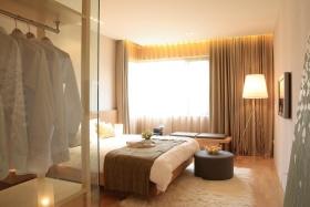 米色休闲宜家风格卧室窗帘美图