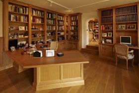 中式原木色书房设计效果图片