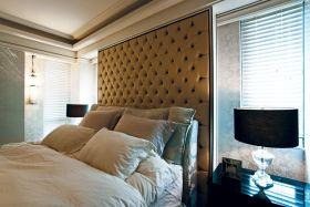 欧式卧室背景墙效果图赏析