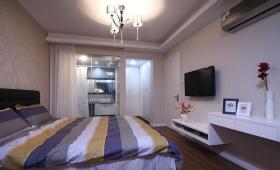 现代风格米色卧室背景墙装修效果图