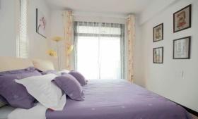简约紫色卧室装修设计图