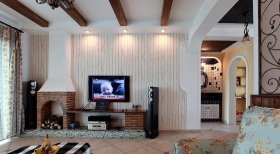 美式清爽白色客厅背景墙图片赏析