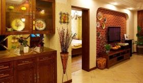 美式风格温馨黄色客厅背景墙设计图片