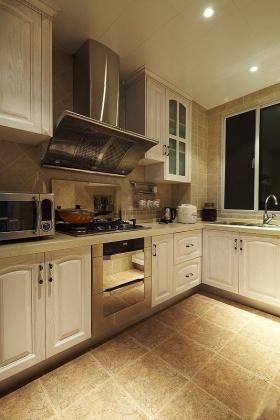 黄色现代风格厨房橱柜装饰图