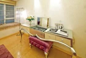 精致细腻欧式卧室设计局部