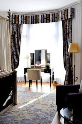 美式现代卧室窗帘设计效果图