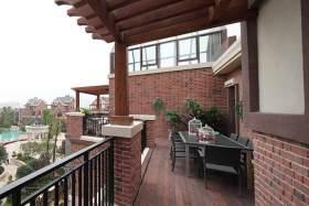 传统结合现代风格阳台装潢设计
