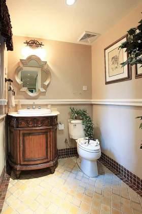 新古典主题卫生间浴室柜装修效果图