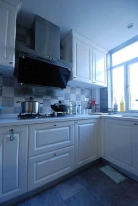 宜家整洁厨房装修效果图
