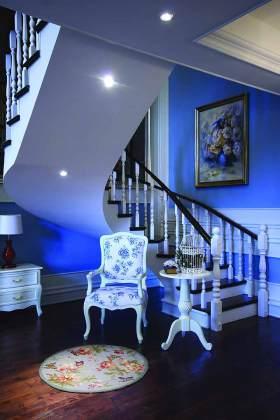 2015地中海风格旋转楼梯设计效果图