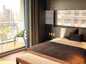 2016现代风深灰色系时尚卧室装修效果图片
