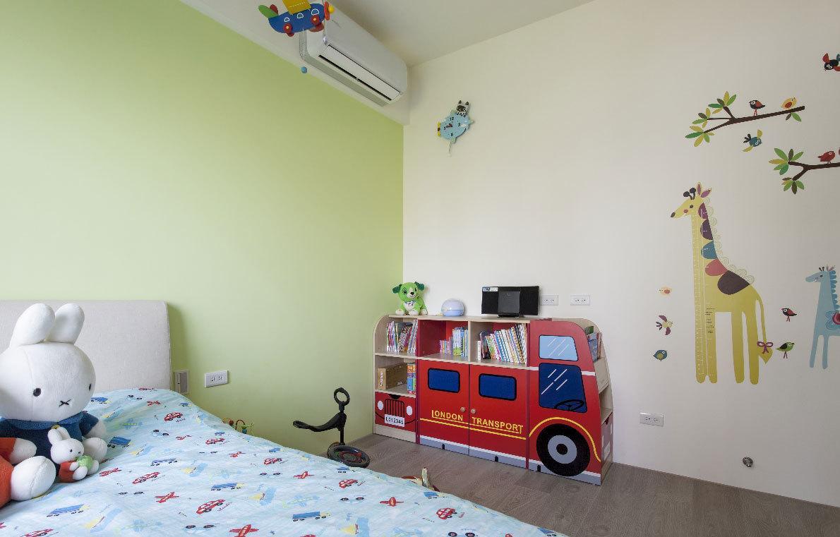 童真色彩简约风格儿童房装修效果图片