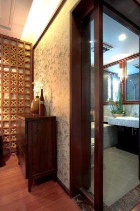 中式典雅收纳展示柜布置
