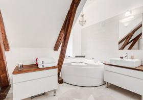 北欧森系纯白木头卫生间欣赏